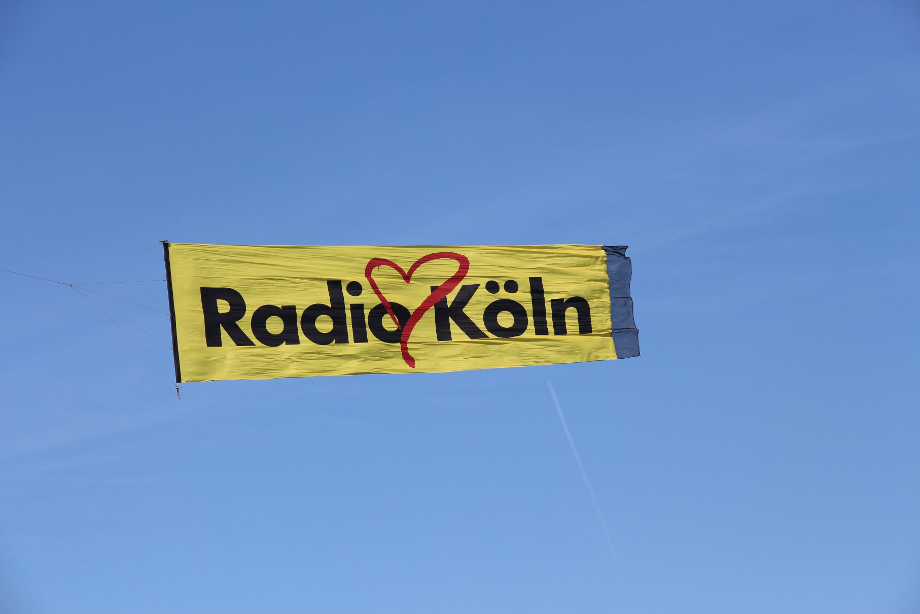 Radio_Köln_Flugzeugbanner
